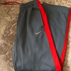 Boy's Nike Thermafit Sweatpants Size YXL